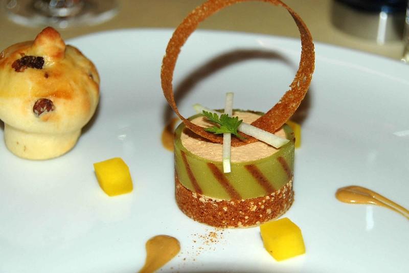 Restaurant de l abbaye vetroz suisse - Decoration foie gras assiette ...