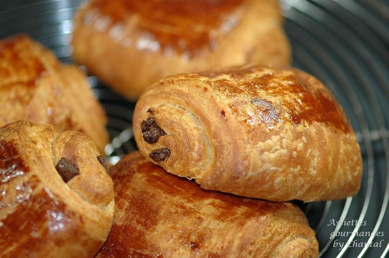 petit pain au chocolat du petit pain au chocolat pains au chocolat ...