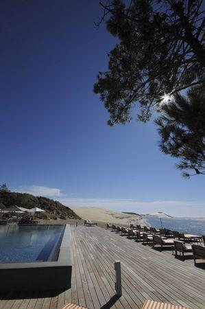 Restaurant la corniche pyla - Hotel dune du pilat starck ...