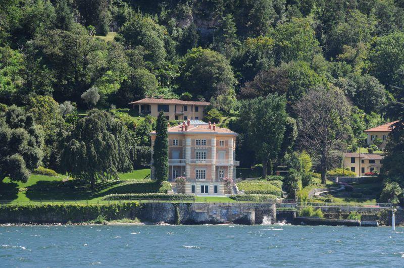 Lacs d italie souvenirs - Maison de georges clooney lac de come ...