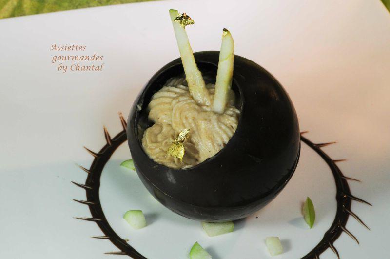 Sphère chocolat marron et sablés breton