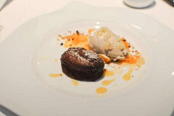 Moelleux au chocolat, glace banane, variation de mandarines (2)