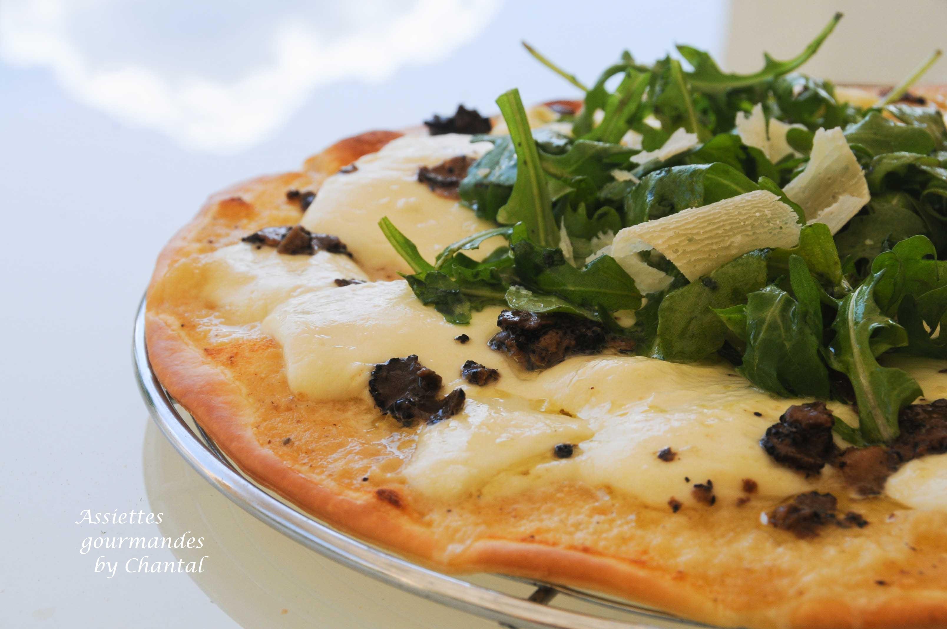 Pizza mozzarella truffes - Culture de la truffe ...