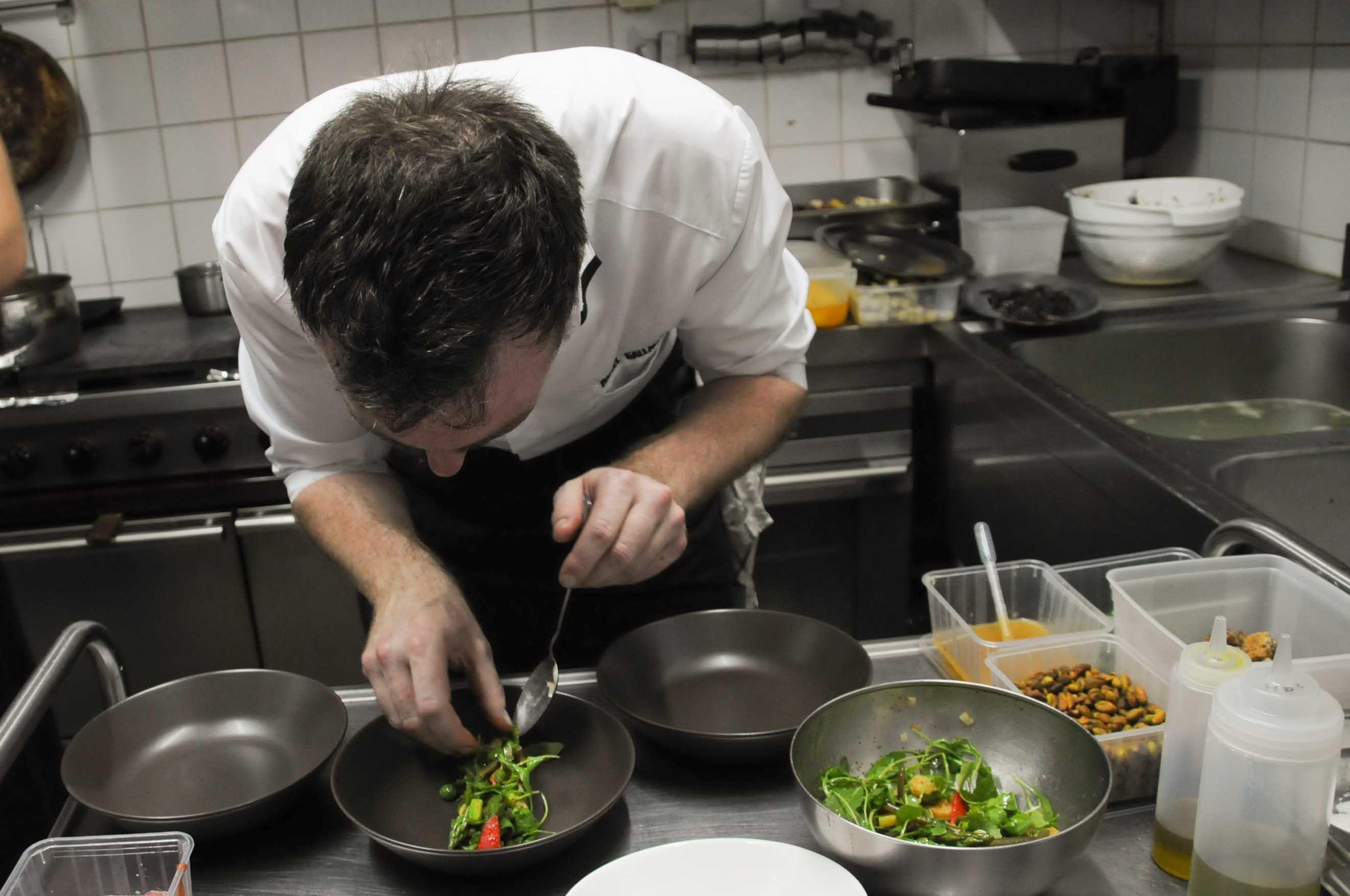 D ner au restaurant racines bordeaux - Norme cuisine professionnelle ...