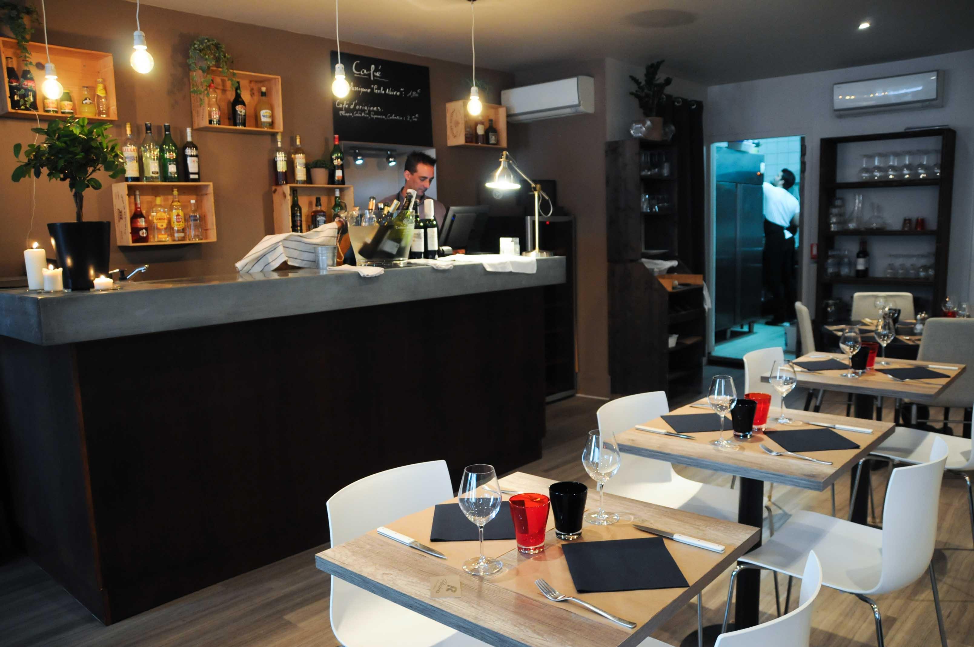 Racines restaurant bordeaux for Amenagement cuisine restaurant