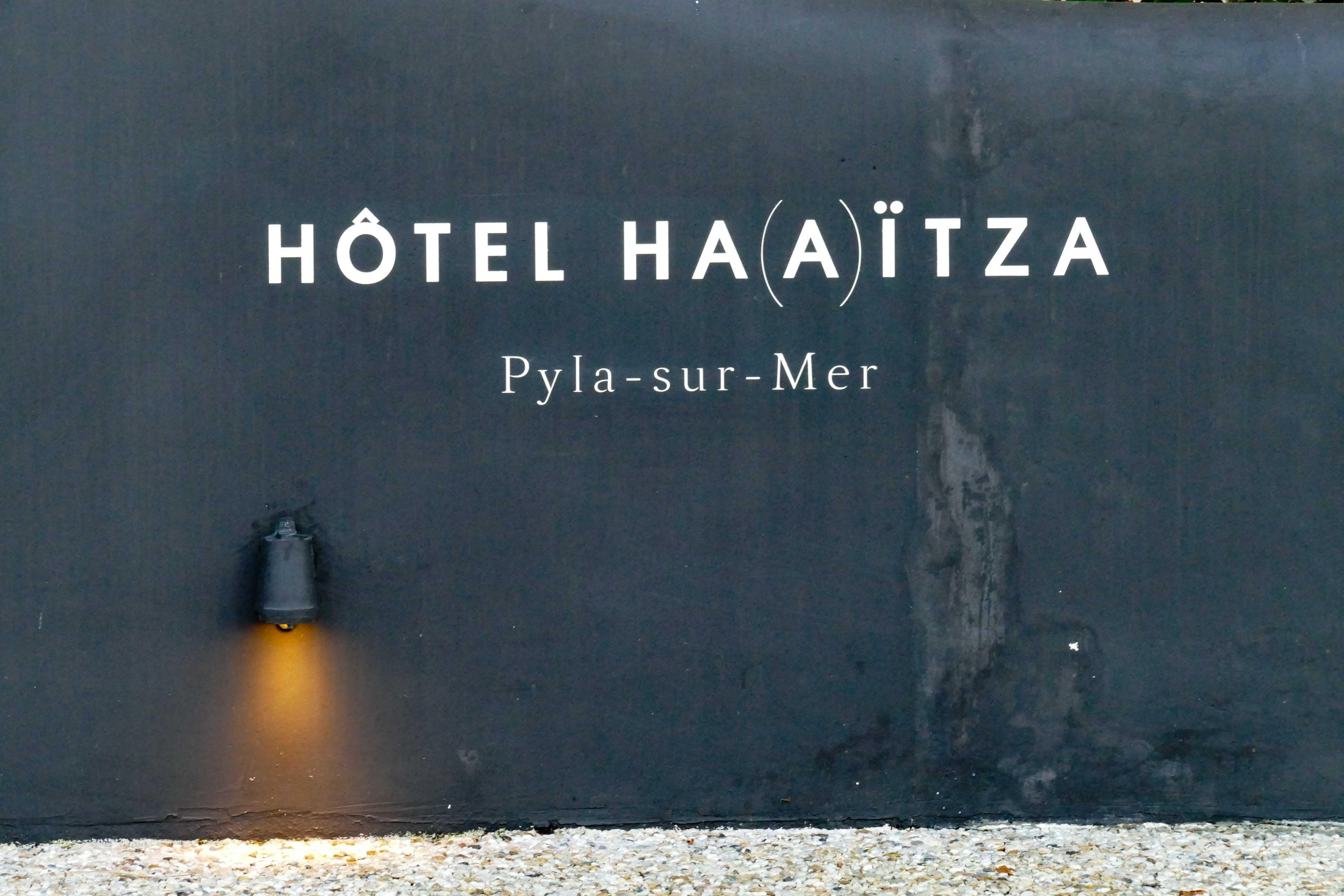 skiff club h tel ha a tza pyla sur mer 4. Black Bedroom Furniture Sets. Home Design Ideas