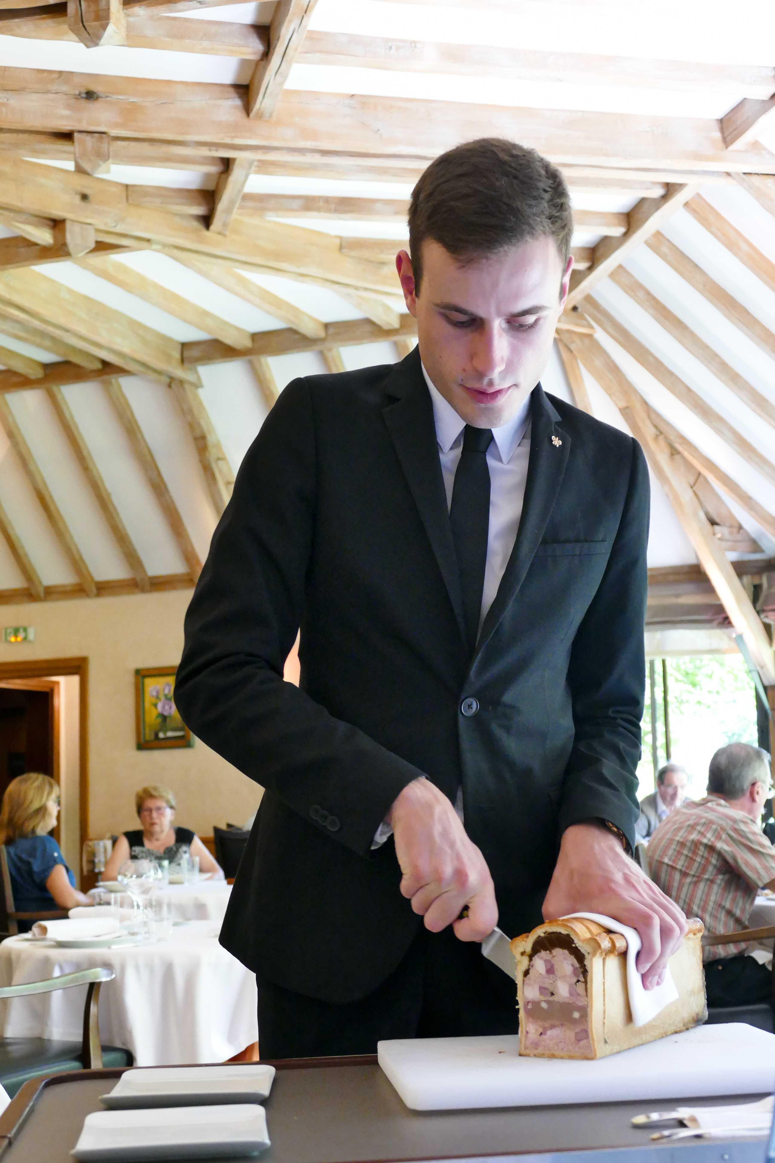 Relais bernard loiseau patrick bertron bernard loiseau for Cuisinier loiseau