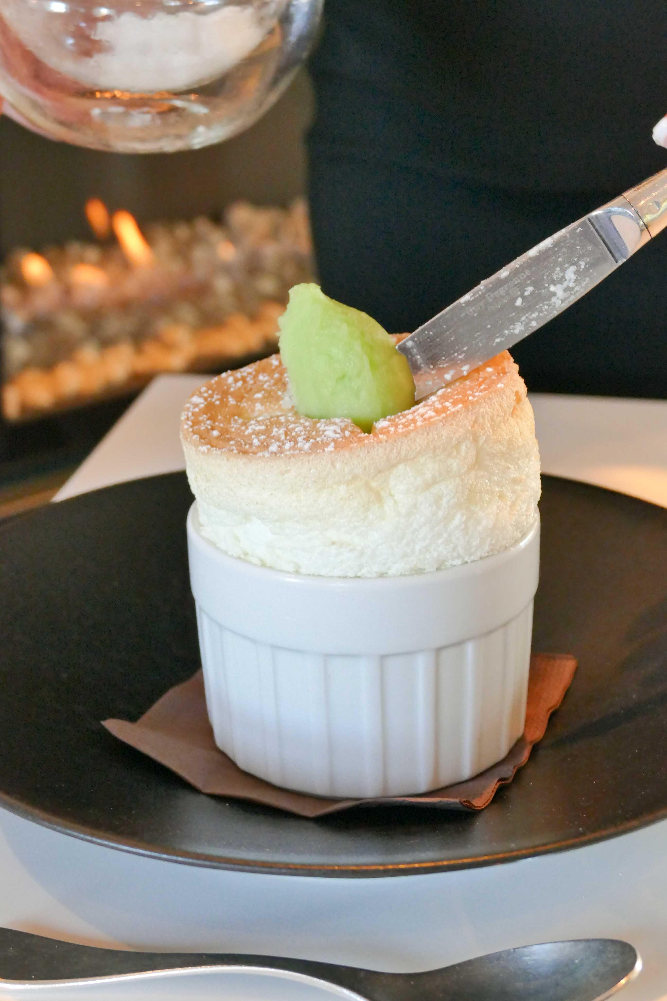 Dessert Soufflé Gin Tonic restaurant l\'Oiseau Bleu Bordeaux (24) |