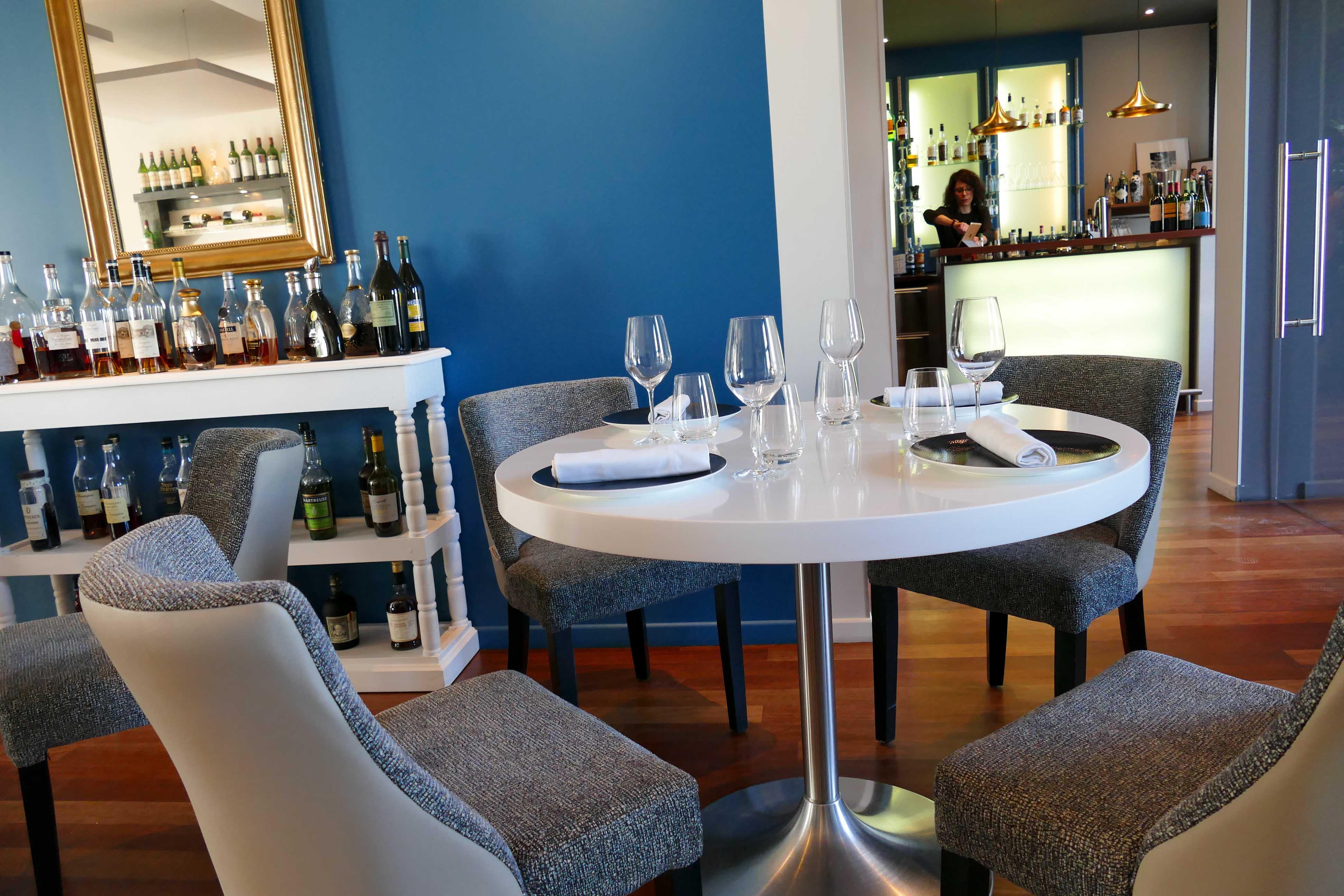 L 39 oiseau bleu restaurant bordeaux - Restaurant l oiseau bleu ...