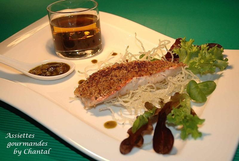 Rougets panés au gomasio, sauce au thé Matcha et vermicelle croustillant