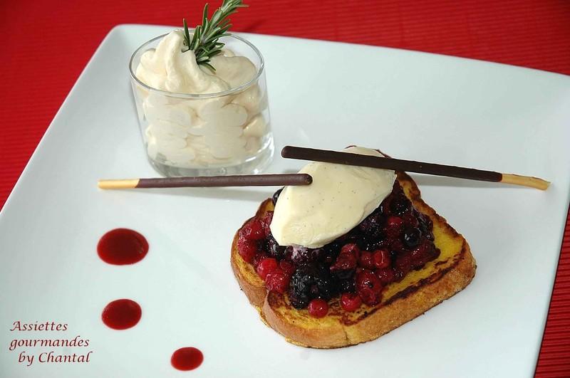 Brioche façon pain perdu, compotée de fruits rouges, glace au thym, espuma de confiture de lait...et la chaîne de recettes roses