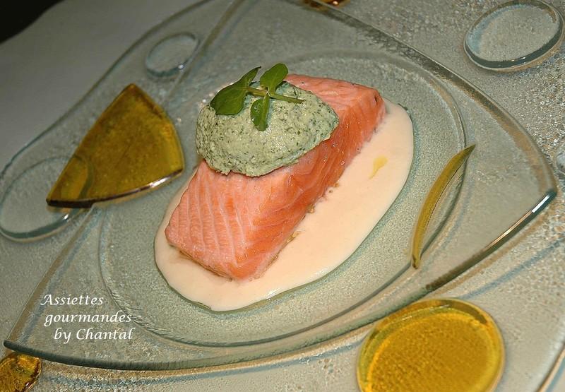 Saumon mi-cuit, crème de cresson et velouté de pomme de terre selon Nicolas Le Bec