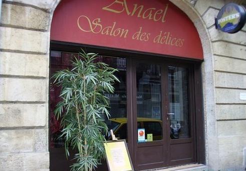 Déjeuner au restaurant Anaël, Bordeaux... et 20 000 !... 20 000 quoi ?