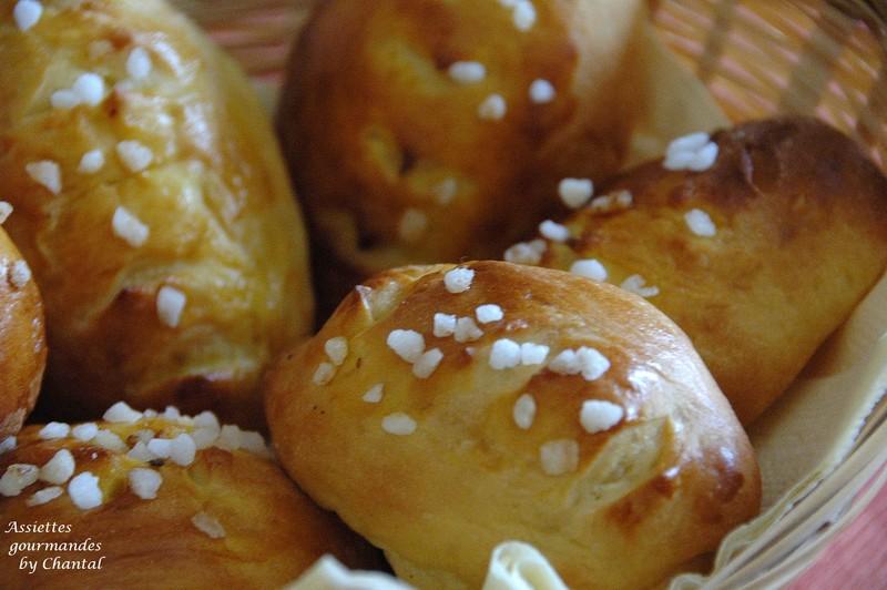 Le KitchenAid à l'oeuvre: petits pains au lait... ou petits pains au sucre