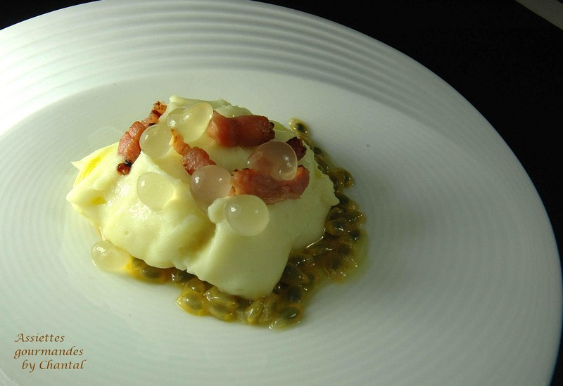 Purée de pommes de terre ratte, petits lardons, fruits de la passion...et un peu d'alginate en cuisine!