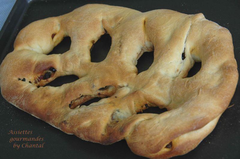 Fougasse olives chorizo... pour la journée mondiale du pain