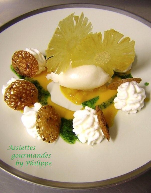 Légéreté de croustillant poivré au bruccio, parfum de mangue et coriandre, sorbet litchi