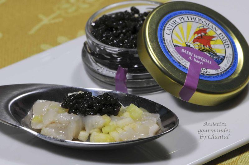 Tartare de noix de Saint-Jacques et caviar Pétrossian