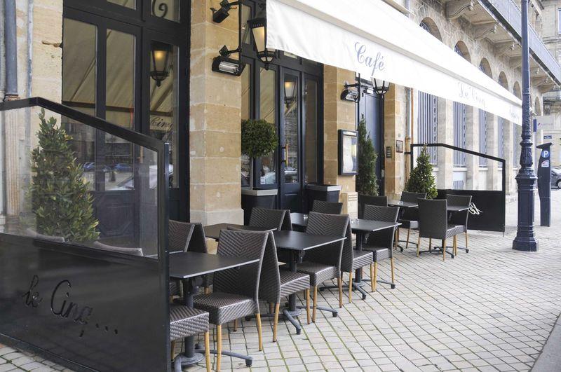 Repas végétarien au restaurant Le Cinq, allées de Tourny à Bordeaux