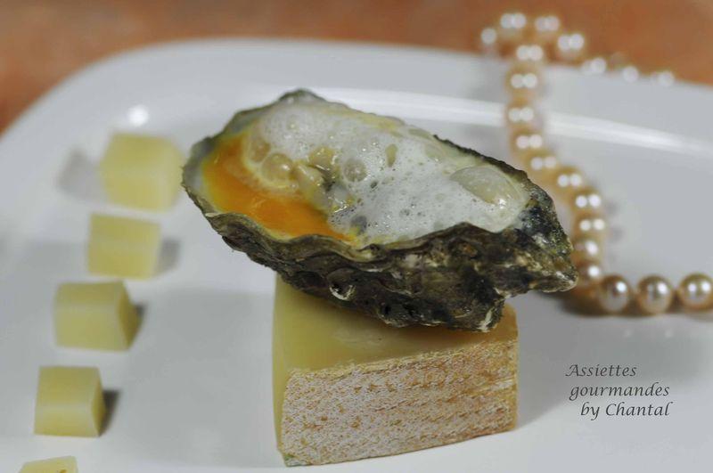Huîtres chaudes sur coulis de potimarron et écume de Comté