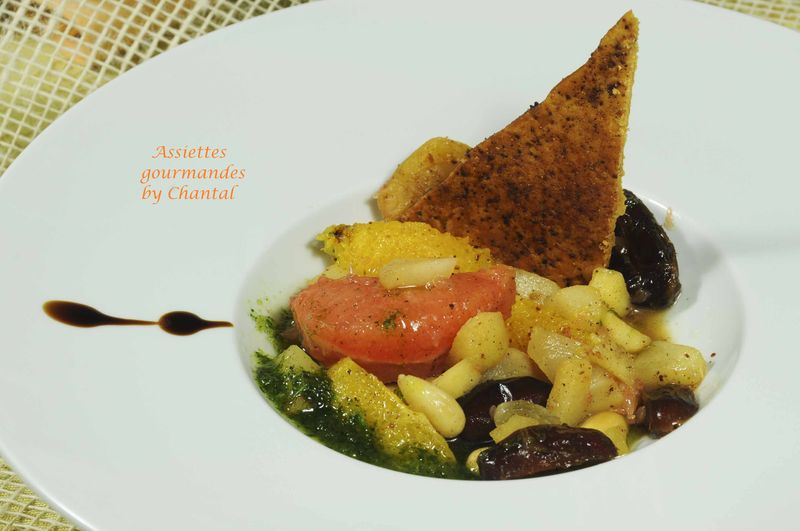Tajine de fruits et vinaigrette de coriandre