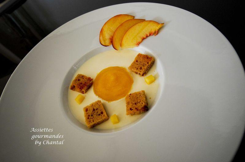 Crème de romarin, coulis de mangue et pain d'épice