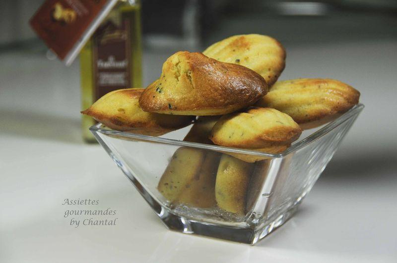 Madeleines aux truffes et huile de truffe