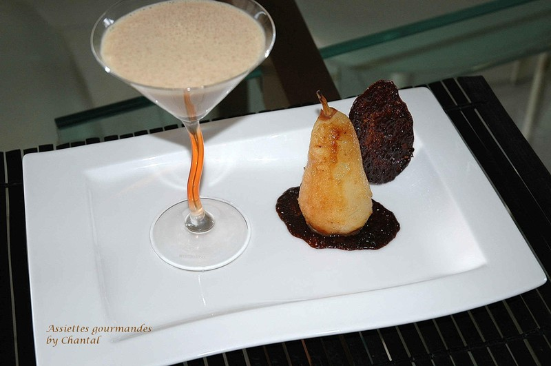 Poire rôtie au carambar et sa crème anglaise