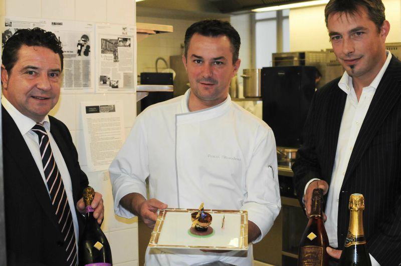 Les Champagnes de Vignerons à Bordeaux pour un déjeuner au Pressoir d'Argent