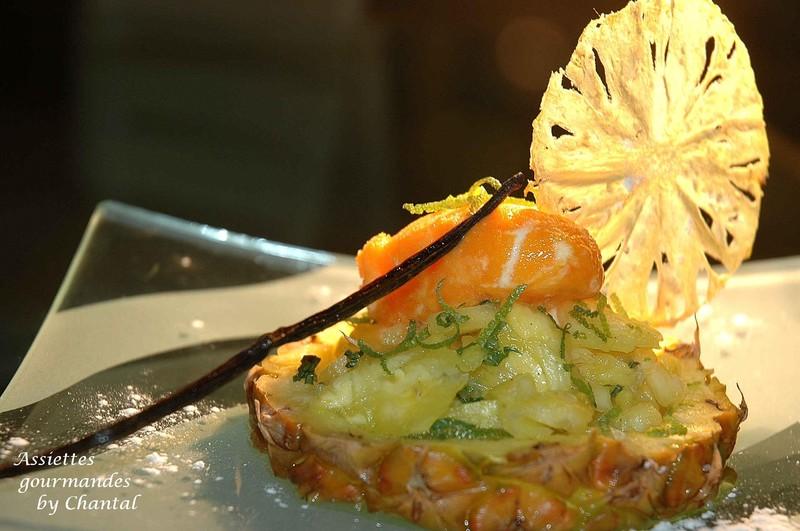 Tartare et chips d'ananas au citron vert et au gingembre