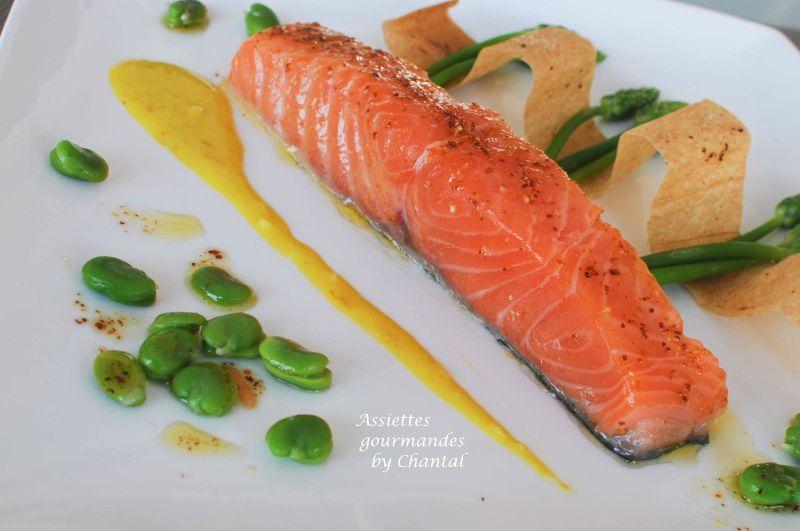 Asperges des bois, saumon et sauce à l'orange