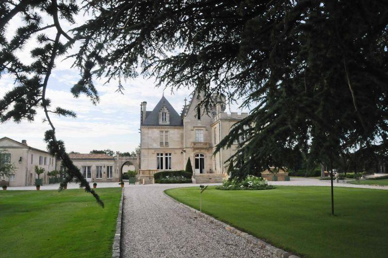 Un dîner au Château Pape Clément, ça vous dirait?