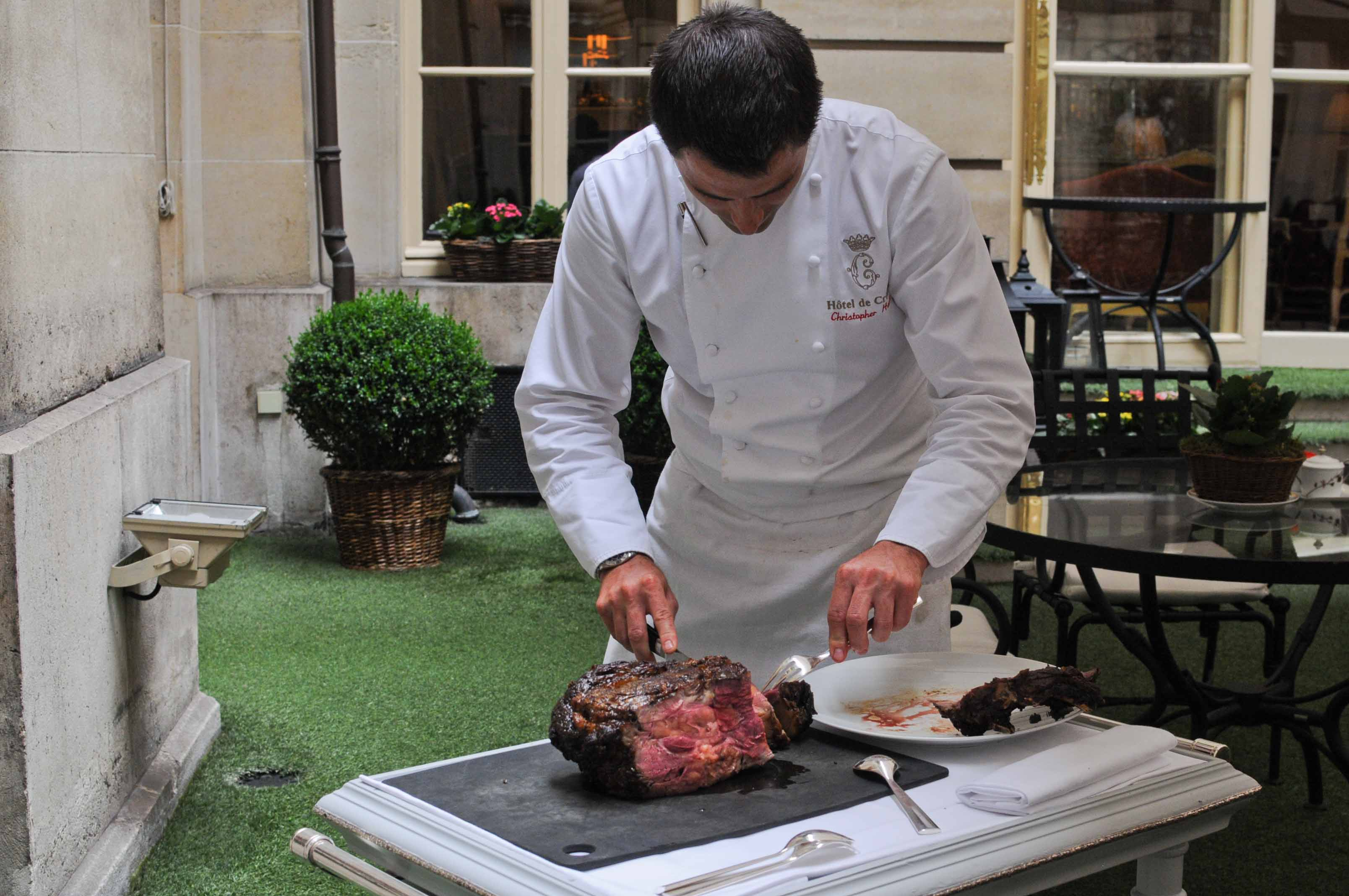 Barbecue Grilled & Chic au Crillon, par Christopher Hache, suite et presque fin...