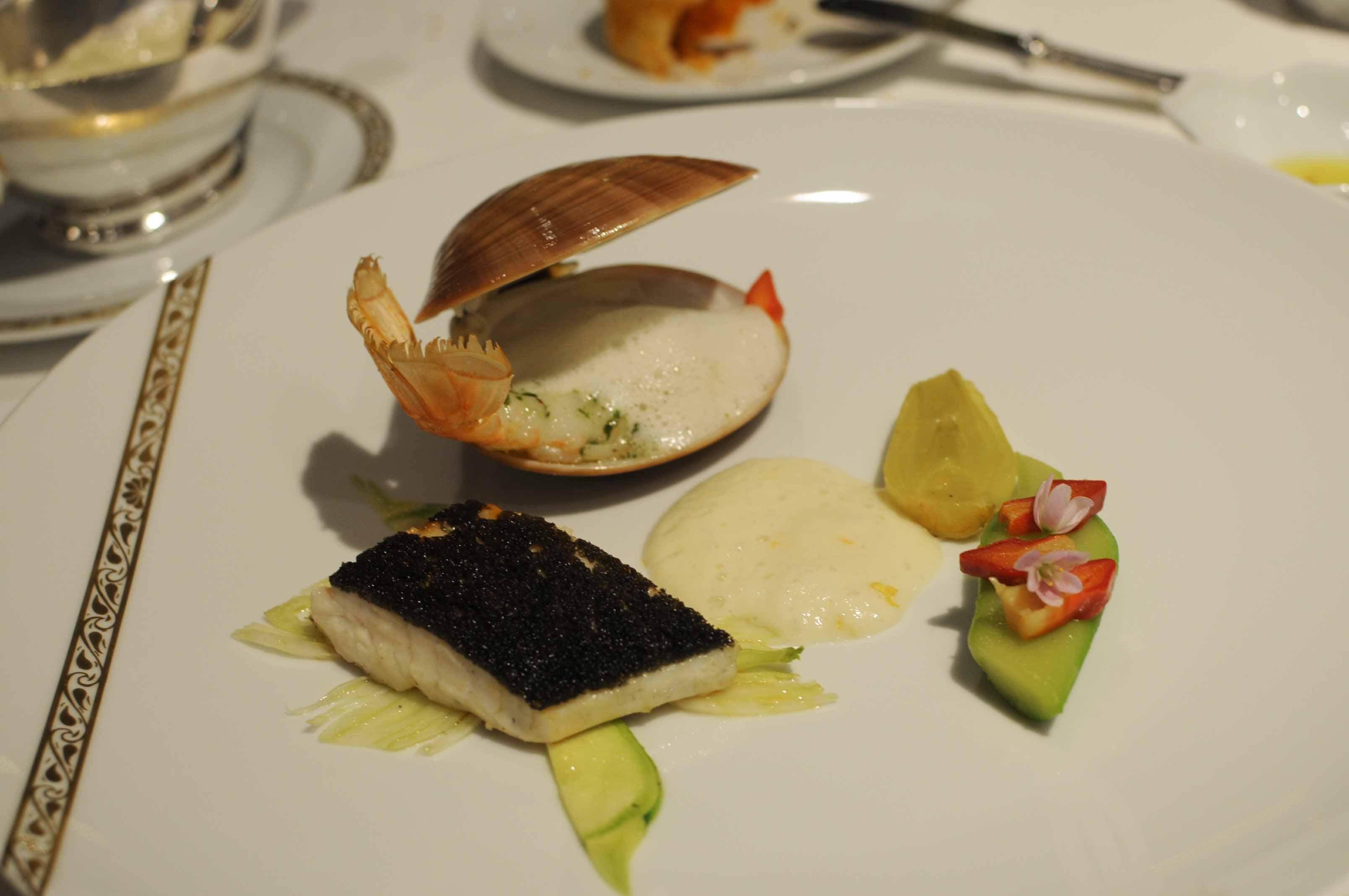 Dîner à la Résidence La Pinède, au restaurant La Vague d'Or (3 étoiles Michelin 2013)