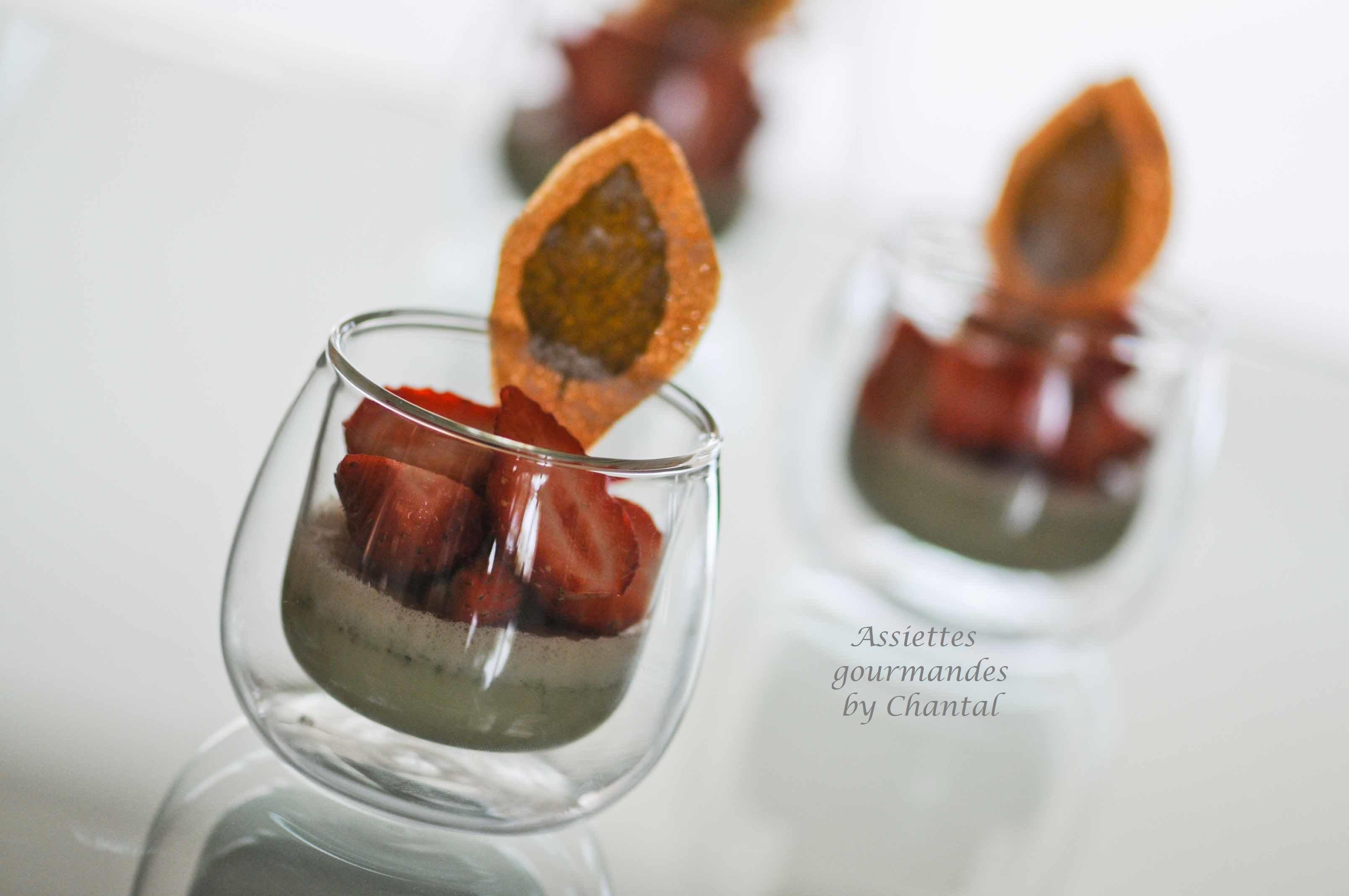 Panna cotta fraises basilic, et ses croustillants
