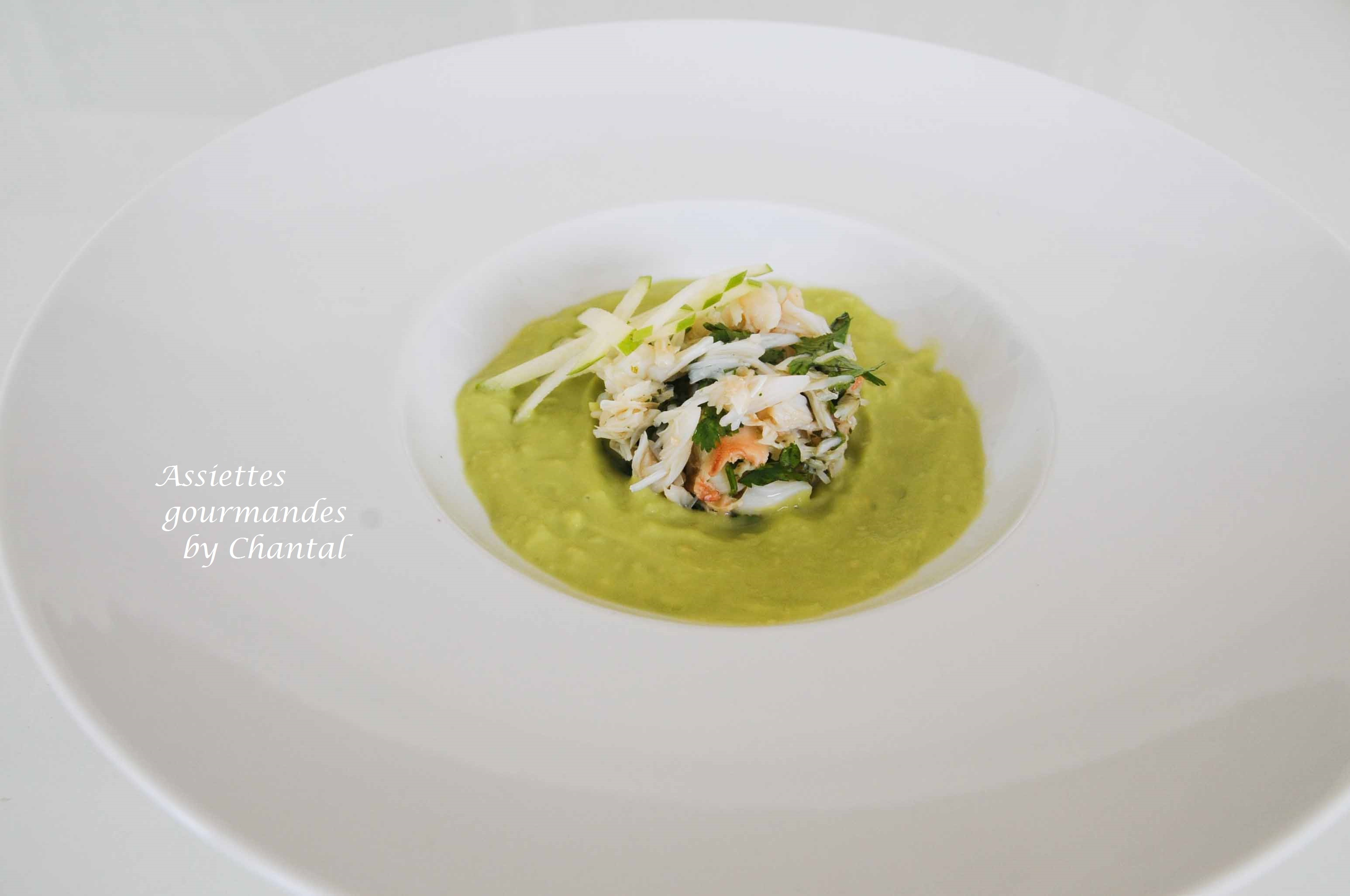 Soupe avocat pomme verte, salade de crabe - Recette de William Ledeuil