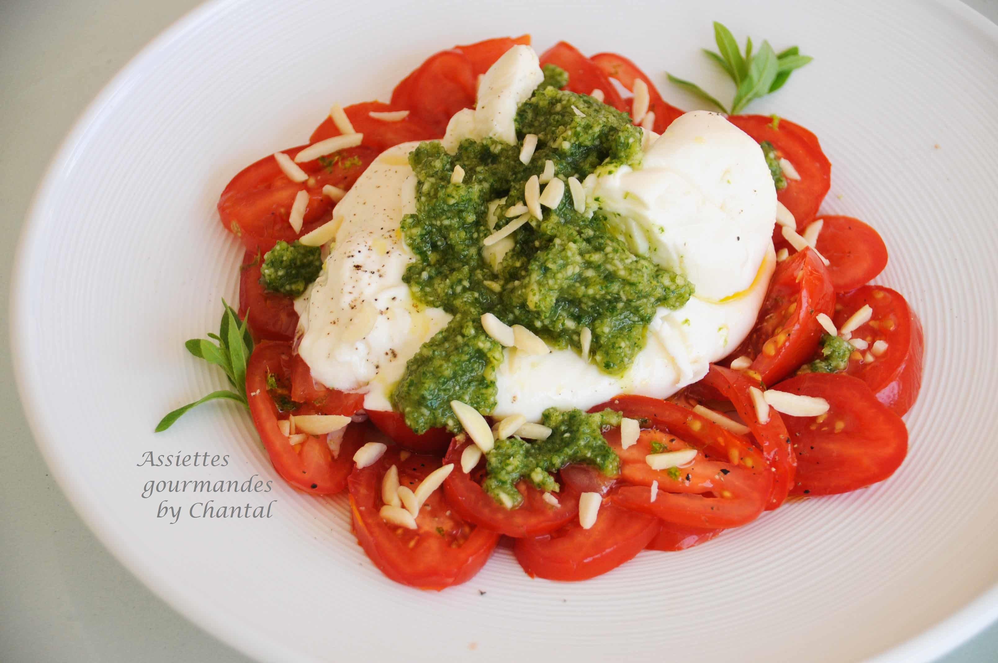 Burrata, tomates et pesto verveine