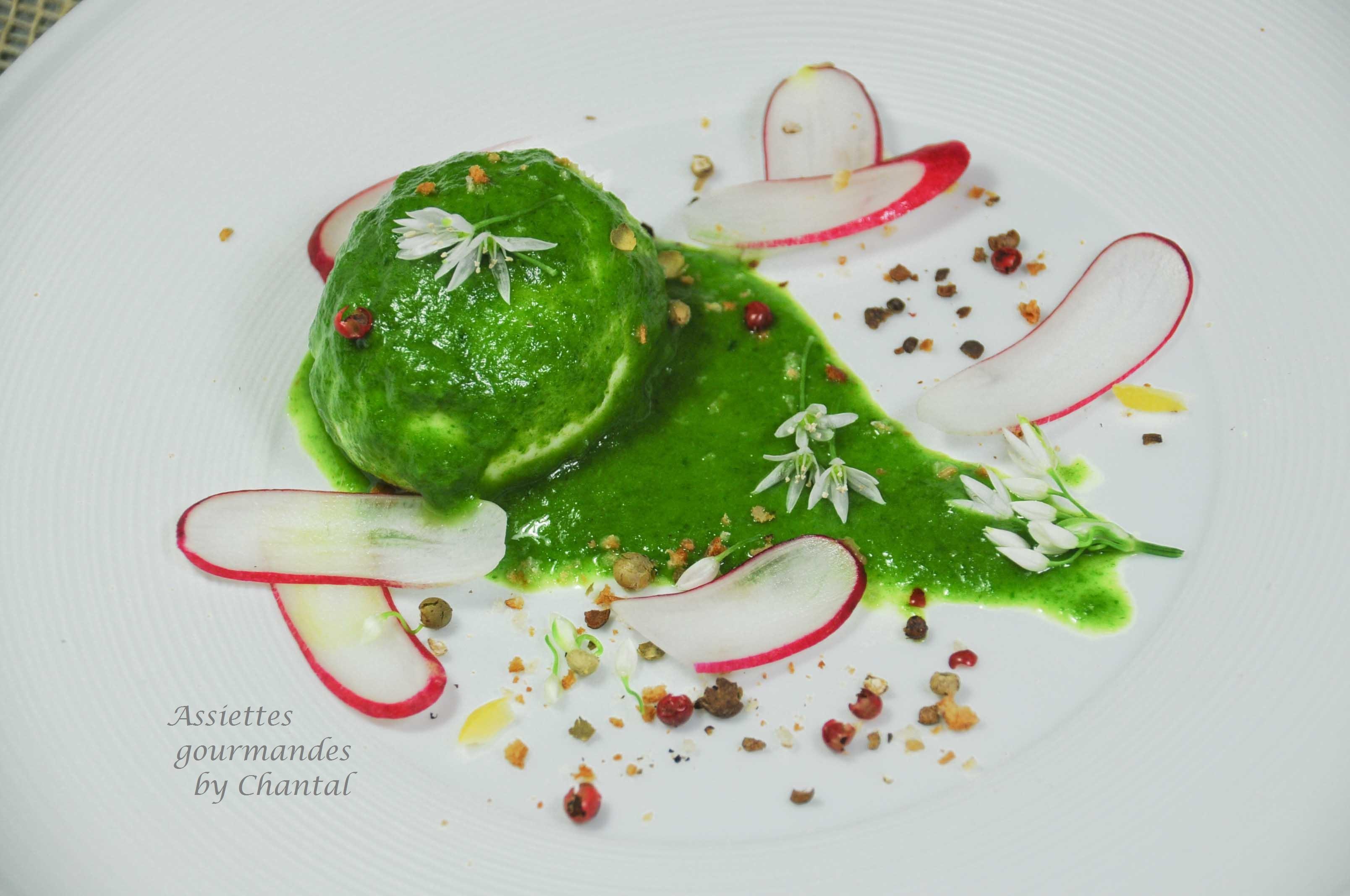 Oeuf mollet et crème de radis, une recette de Julien Diaz