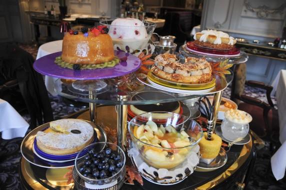 Chariot de desserts La Grande Maison Robuchon Bordeaux (49)