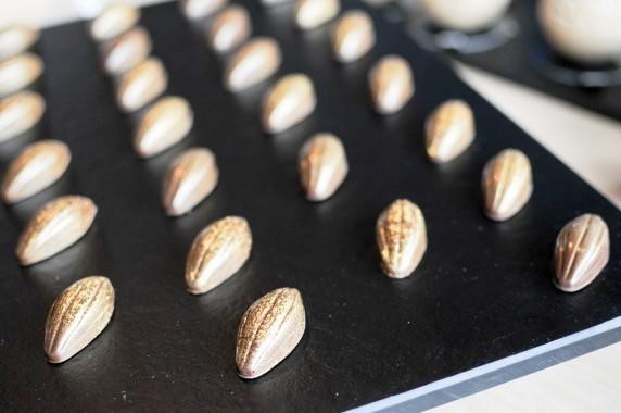Cédric Bedin, Chez Le Boulanger - Laurent Lachenal : ganache Tonka et gelée de Loupiac
