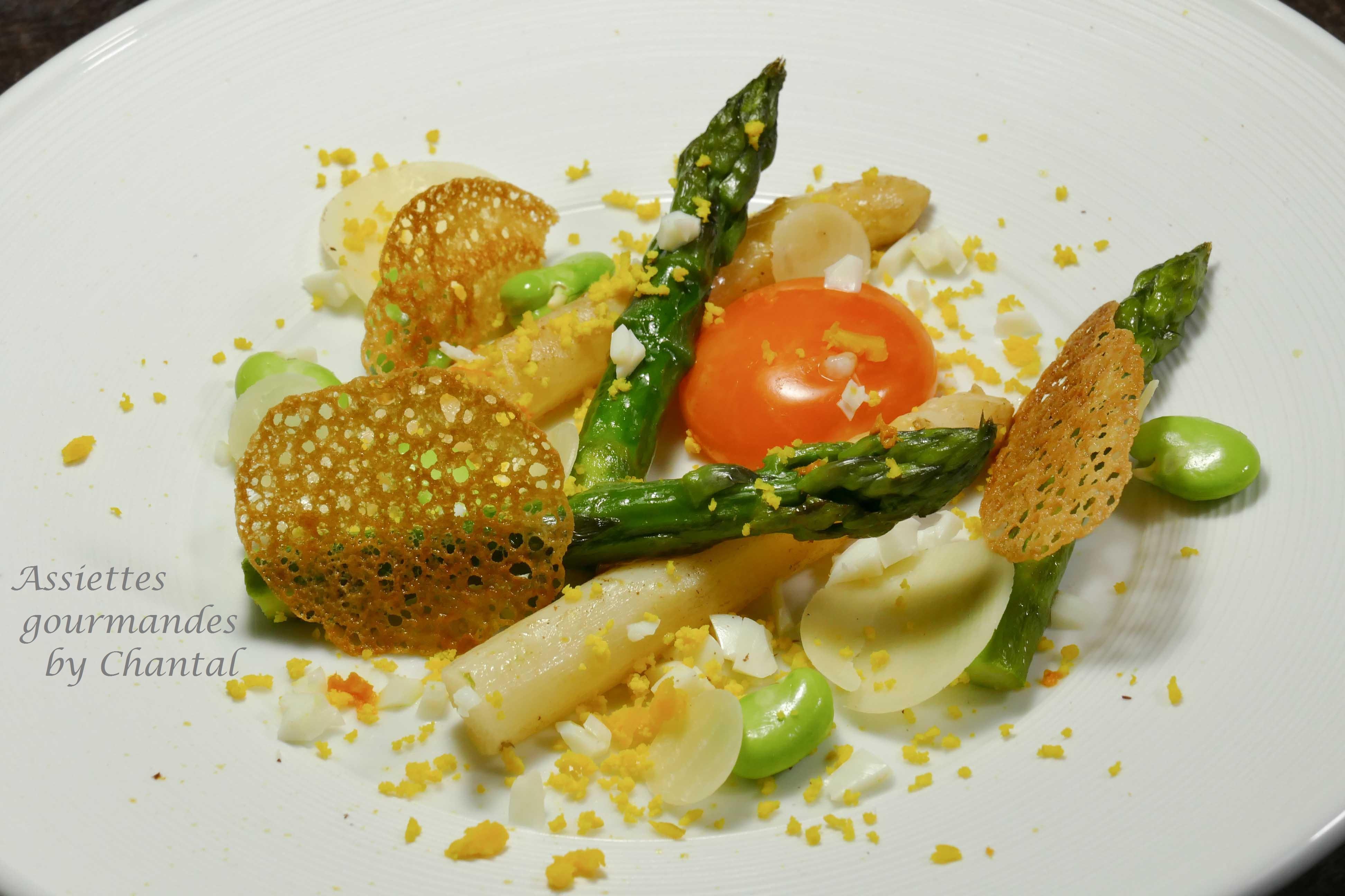 Asperges en vinaigrette et oeuf cuit au Xérès - Recette de Laurent Azoulay