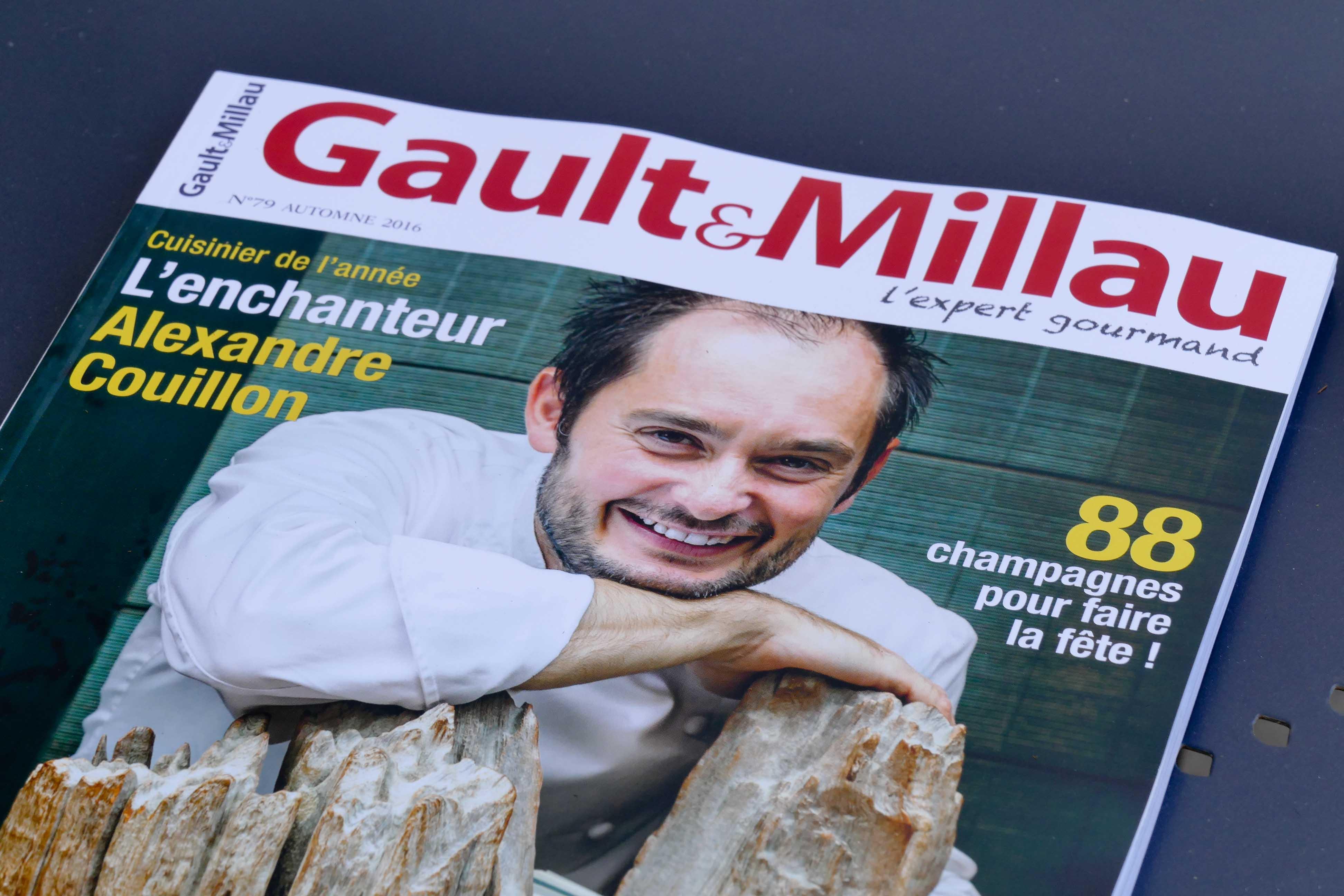 Alexandre Couillon reçoit Gault & Millau pour la Welcome Box