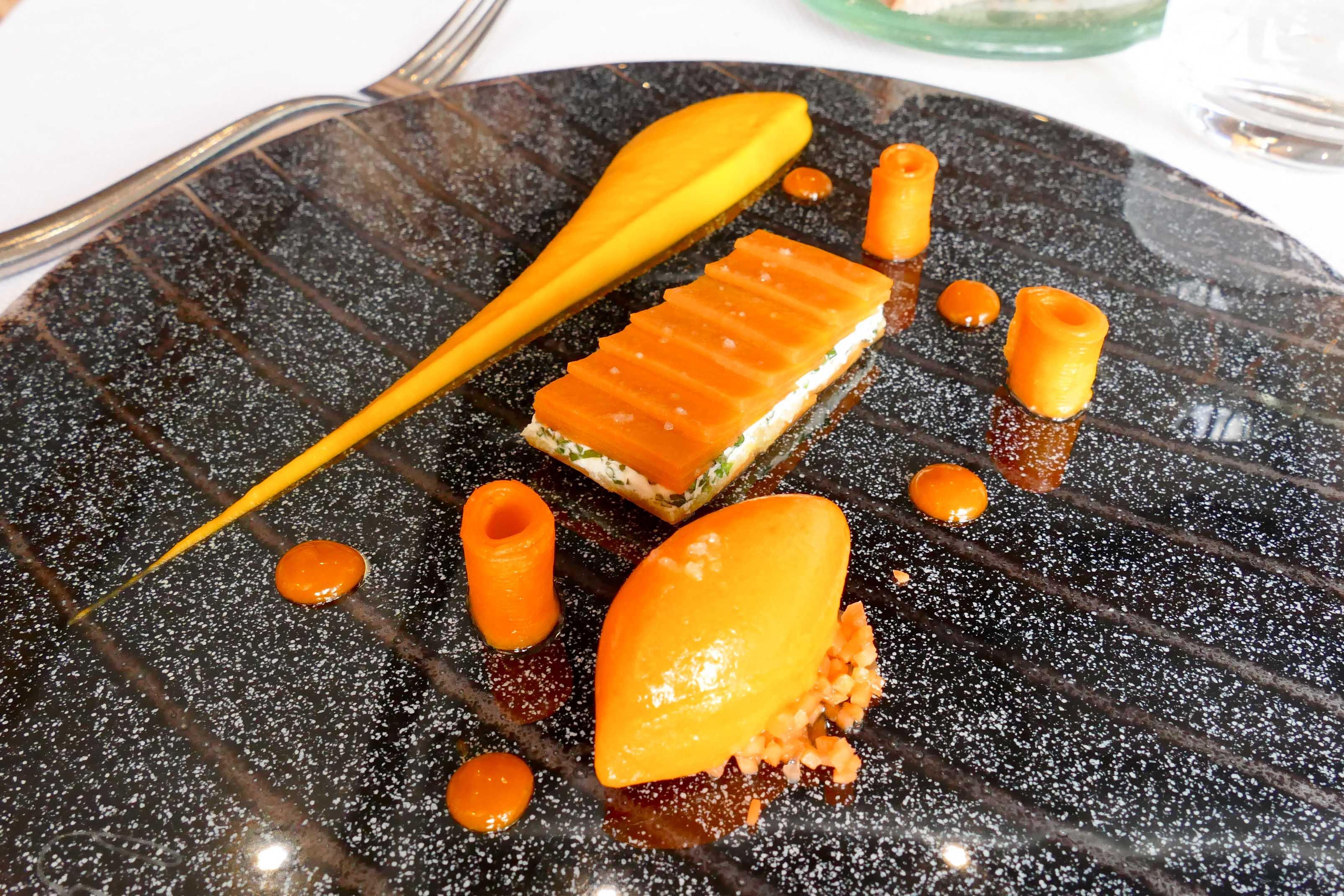 Déjeuner chez Yoann Conte au bord du lac d'Annecy...