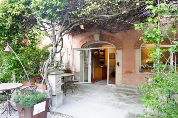 Hôtel le Clair de la Plume Grignan (5)