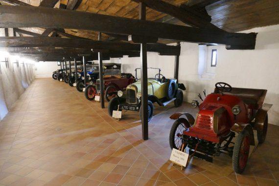 Collection voitures anciennes Château Carbonnieux