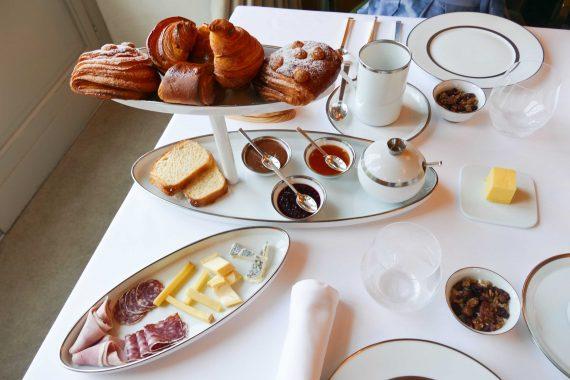 Petit déjeuner Hôtel Lalique, Lafaurie Peyraguey