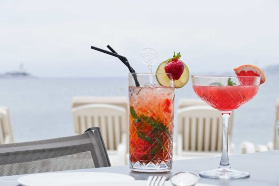 Cocktails au Cap d Antibes Beach Hotel