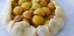 Tarte rustique mirabelles thym et citron vert