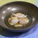 Saint-Jacques, topinambours et bouillon de cèpes