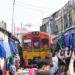 Mae Klong Railway Market, l'incroyable marché posé sur les rails